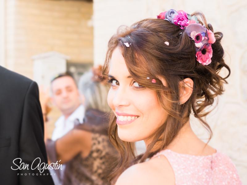 01-tiaras-flores-complemento-peinado-boda-sanagustinphoto-800x600